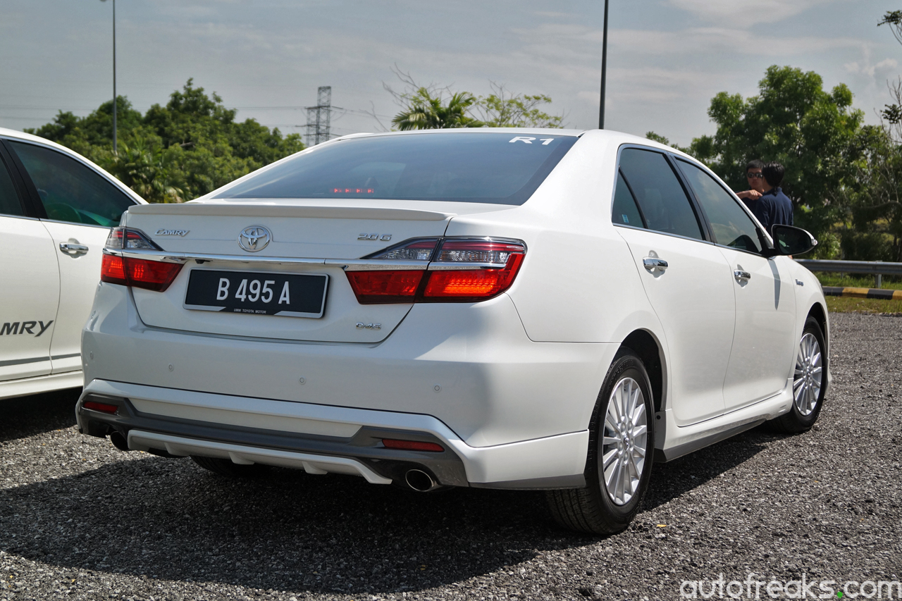 New Toyota Camry And Camry Hybrid Launched In Malaysia