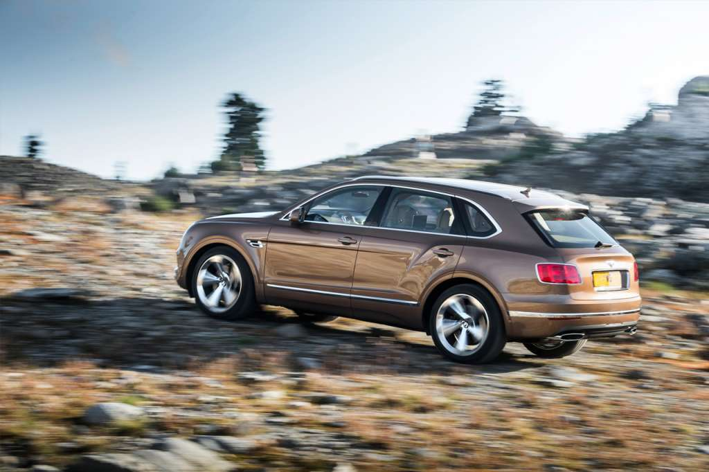 Bentley_Bentayga_2