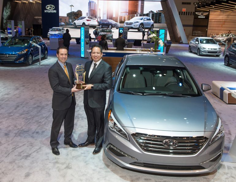 hyundai wins best brand in kelley blue book 5 year cost to own awards. Black Bedroom Furniture Sets. Home Design Ideas