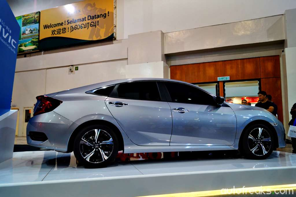 2016_Honda_Civic_Turbo_6