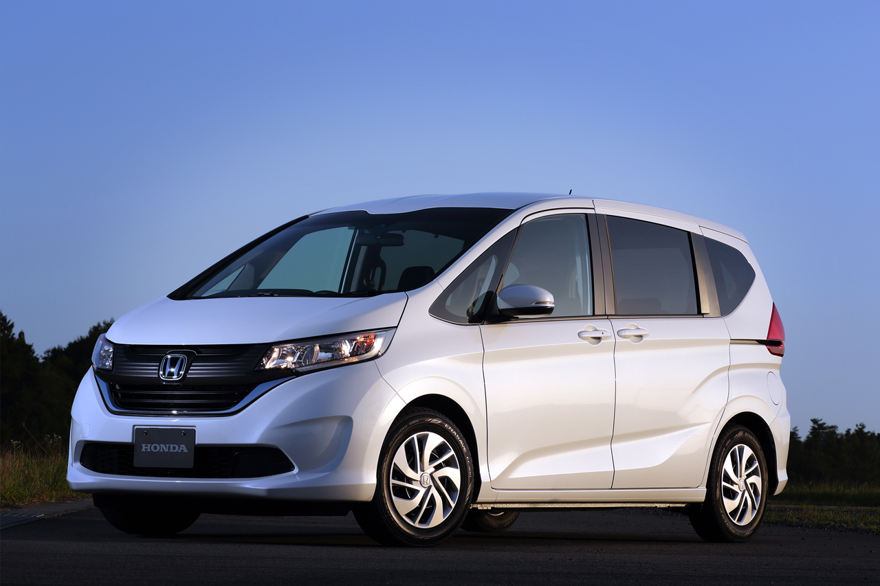 2017 Honda Freed and Freed+ now on sale in Japan ...