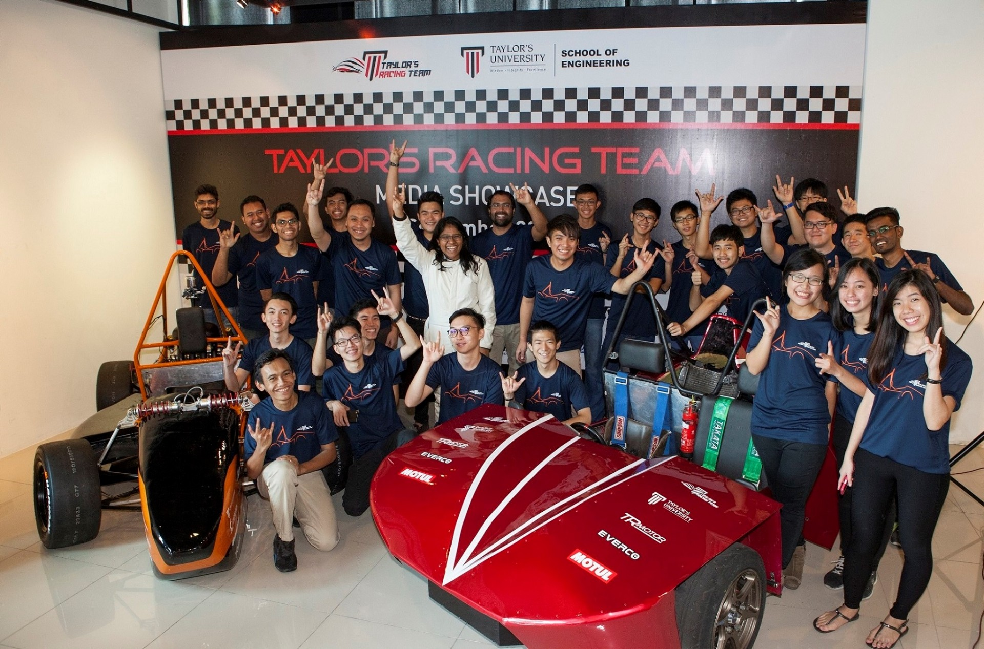 Taylors_Racing_Team (1)